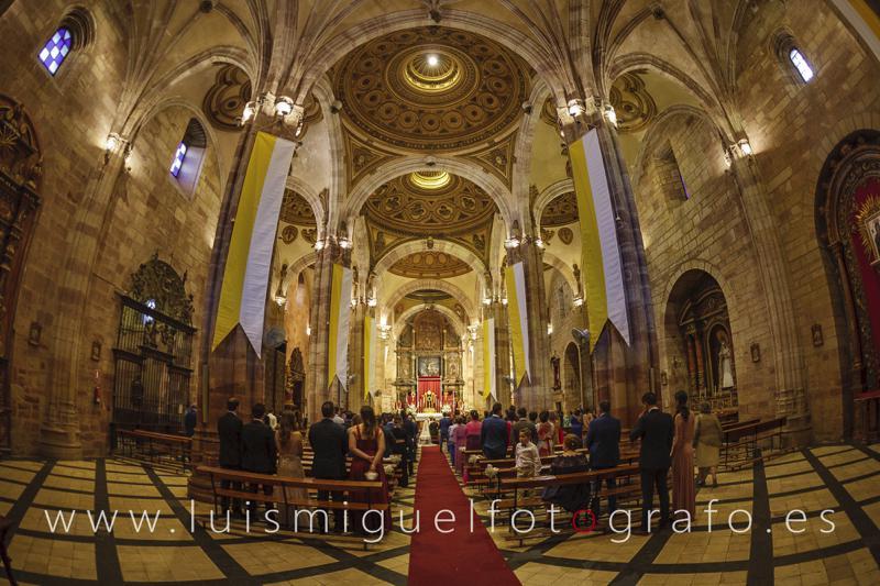 Foto interior de la iglesia de Santa María de Andújar