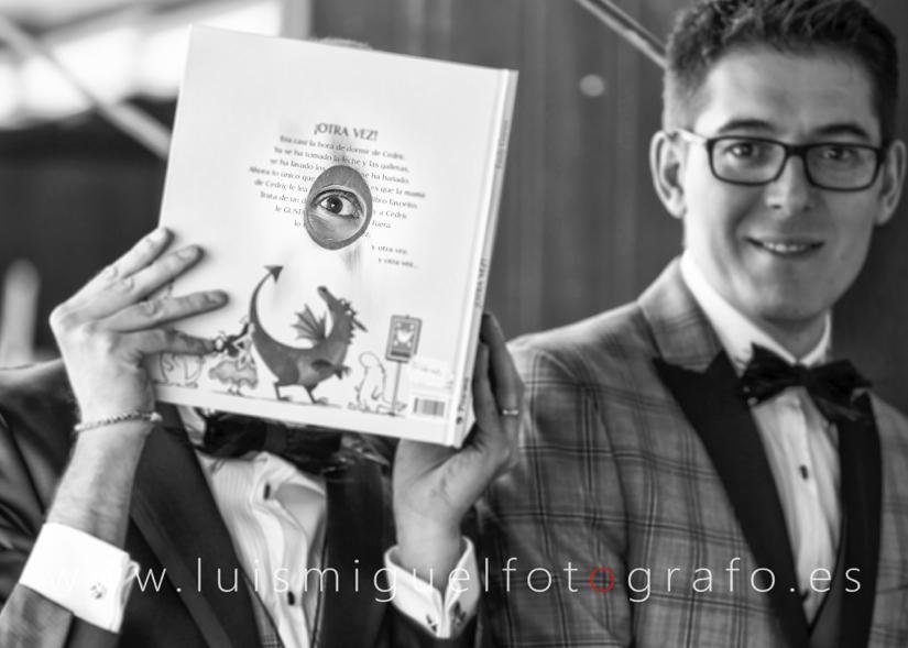 Fotógrafo de boda realiza post-boda gay en Úbeda